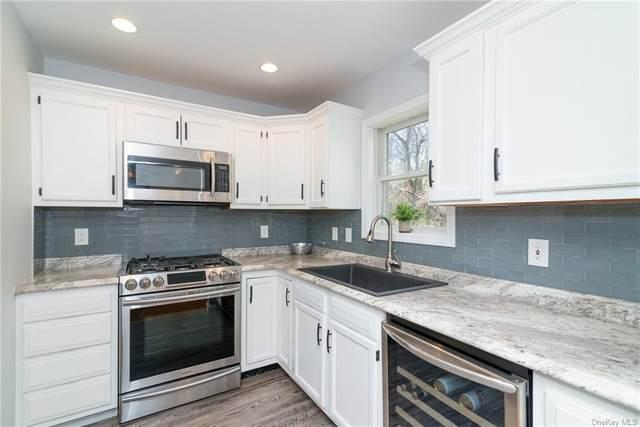 8 Colonial Road, Peekskill, NY 10566 (MLS #H6109489) :: Signature Premier Properties