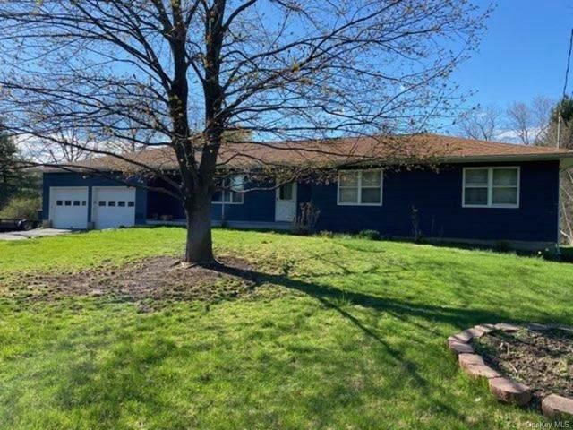 350 Crans Mill Road, Pine Bush, NY 12566 (MLS #H6109623) :: Cronin & Company Real Estate
