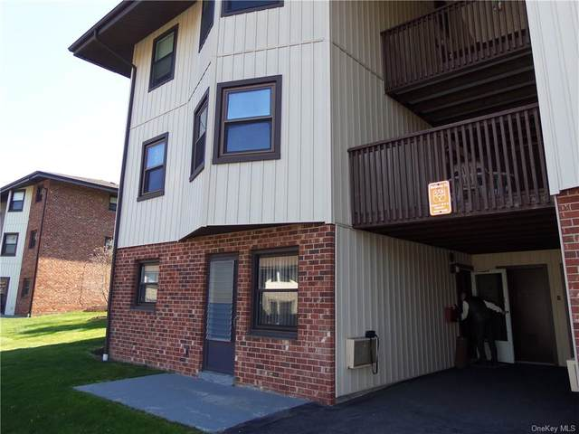 12 Essex Place A, Yorktown Heights, NY 10598 (MLS #H6109646) :: Signature Premier Properties