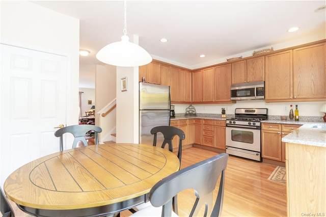 16 Maura Lane, Danbury, CT 06810 (MLS #H6109657) :: Cronin & Company Real Estate