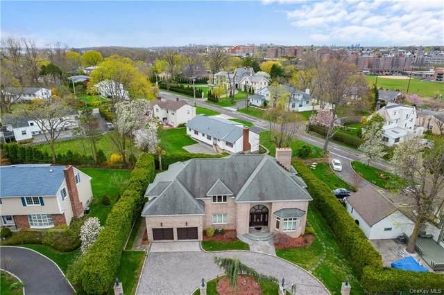14 Potters Lane, New Rochelle, NY 10805 (MLS #H6110230) :: Signature Premier Properties