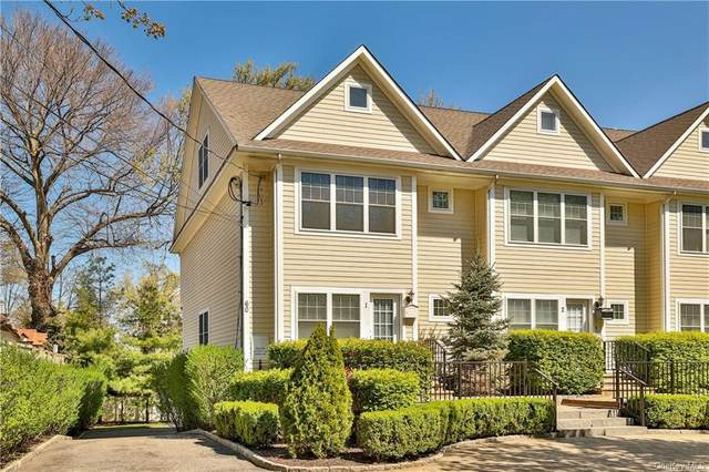 60 Lathers Park #1, New Rochelle, NY 10801 (MLS #H6110865) :: Frank Schiavone with William Raveis Real Estate