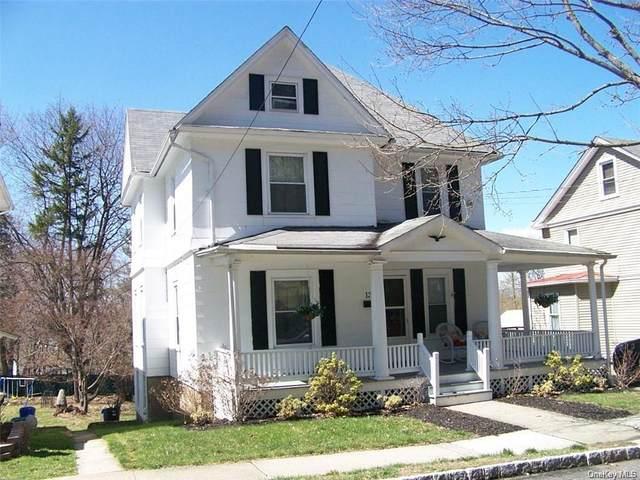 135 Walnut Street, Walden, NY 12586 (MLS #H6111816) :: Signature Premier Properties