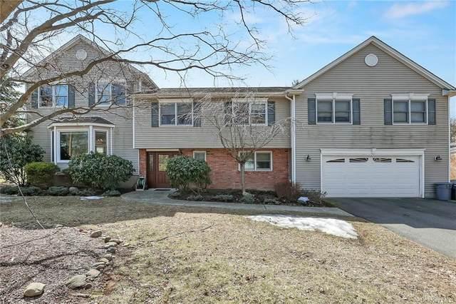 6 Barnacle Drive, Spring Valley, NY 10977 (MLS #H6113045) :: Mark Boyland Real Estate Team
