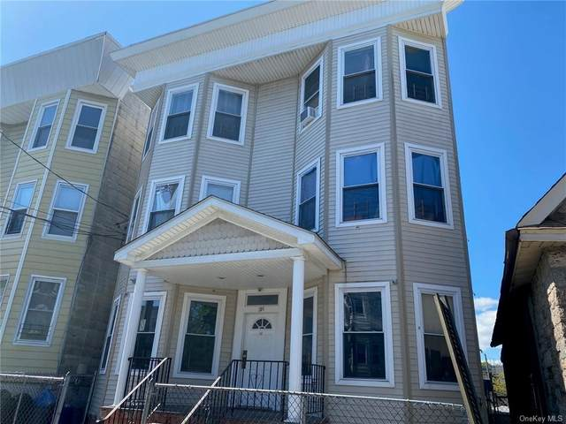104 Oliver Avenue, Yonkers, NY 10701 (MLS #H6113794) :: Mark Boyland Real Estate Team