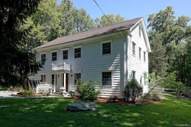 171 Elmwood Road, South Salem, NY 10590 (MLS #H6113822) :: Mark Boyland Real Estate Team