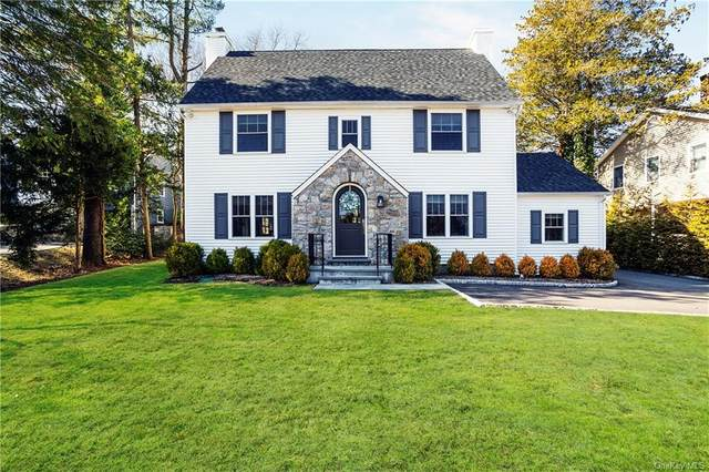 24 Indian Field Road, Greenwich, CT 06830 (MLS #H6115566) :: Frank Schiavone with William Raveis Real Estate