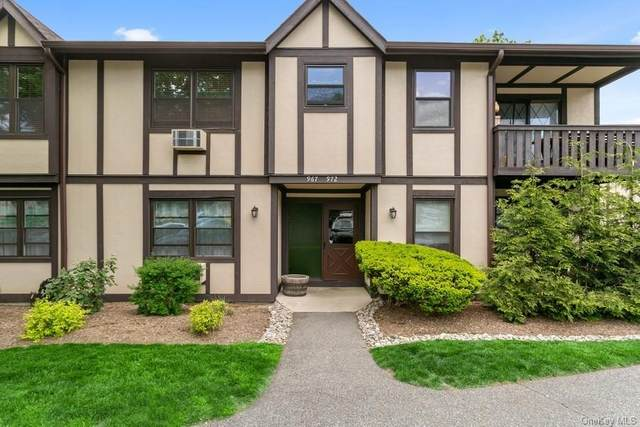 971 Sierra Vista Lane, Valley Cottage, NY 10989 (MLS #H6115833) :: Corcoran Baer & McIntosh