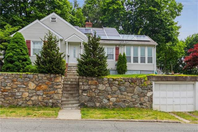 235 Husted Avenue, Peekskill, NY 10566 (MLS #H6115942) :: Barbara Carter Team