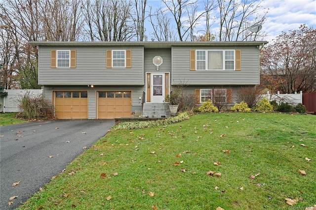 32 Guernsey Drive, New Windsor, NY 12553 (MLS #H6116269) :: Cronin & Company Real Estate