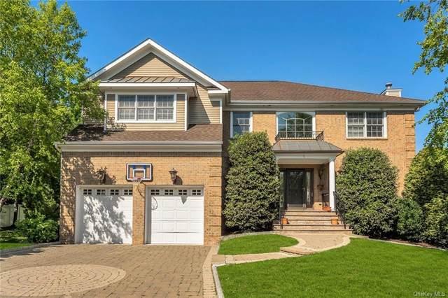 5 Mill Pond Lane, New Rochelle, NY 10805 (MLS #H6116445) :: Carollo Real Estate