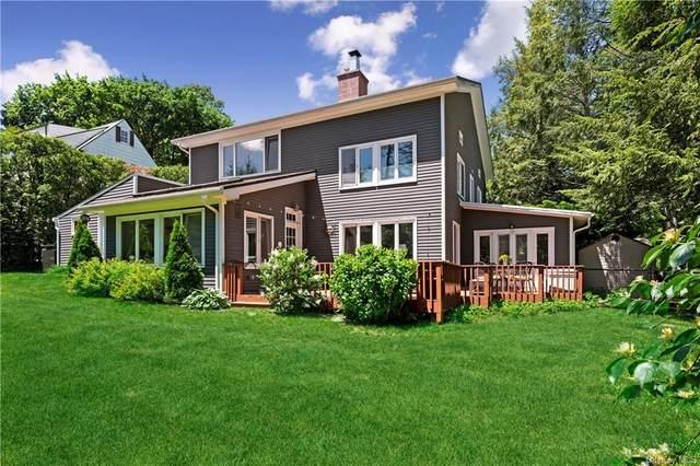 15 Country Club Lane, Pelham, NY 10803 (MLS #H6116617) :: Barbara Carter Team