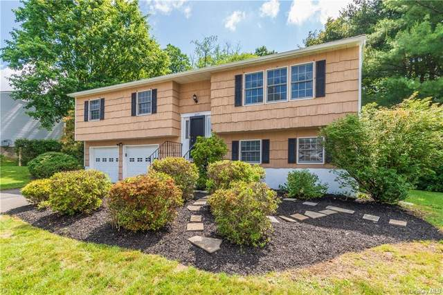 407 Philo Street, New Windsor, NY 12553 (MLS #H6119761) :: Cronin & Company Real Estate