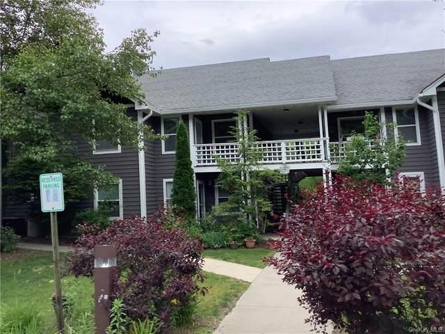 706 Lenox Road, Monroe, NY 10950 (MLS #H6121459) :: Cronin & Company Real Estate