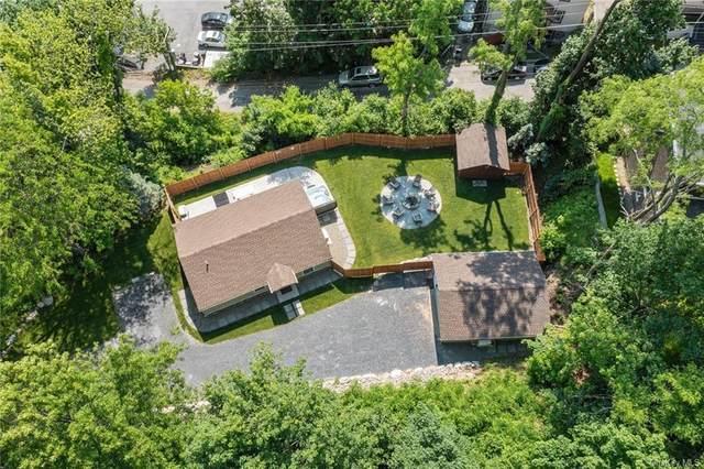 15 Cullen Avenue, New Windsor, NY 12553 (MLS #H6122327) :: Barbara Carter Team