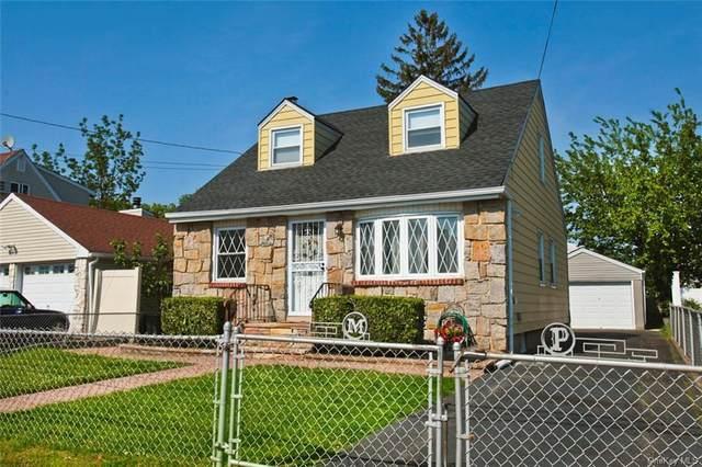 36 Manhattan Avenue, Westbury, NY 11590 (MLS #H6122739) :: Carollo Real Estate