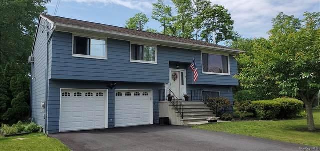 9 Sutton Park Road, Poughkeepsie, NY 12603 (MLS #H6123731) :: Mark Boyland Real Estate Team