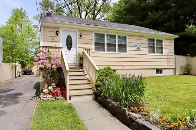 39 Maple Street, Beacon, NY 12508 (MLS #H6124252) :: Carollo Real Estate