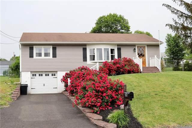 6 Birchwood Drive, New Windsor, NY 12553 (MLS #H6124511) :: Cronin & Company Real Estate