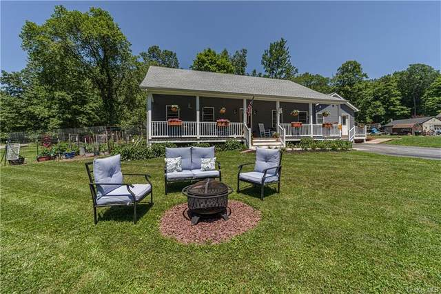 162 Beecher Hill Road, Wallkill, NY 12589 (MLS #H6124976) :: The Clement, Brooks & Safier Team