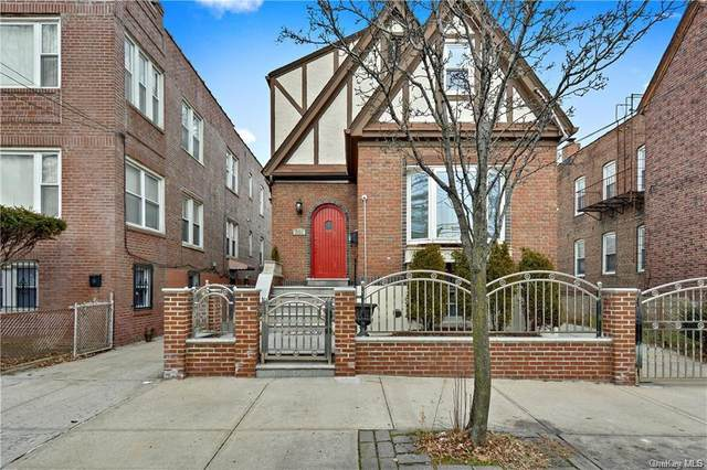 861 E 231st Street, Bronx, NY 10466 (MLS #H6125087) :: Frank Schiavone with Douglas Elliman