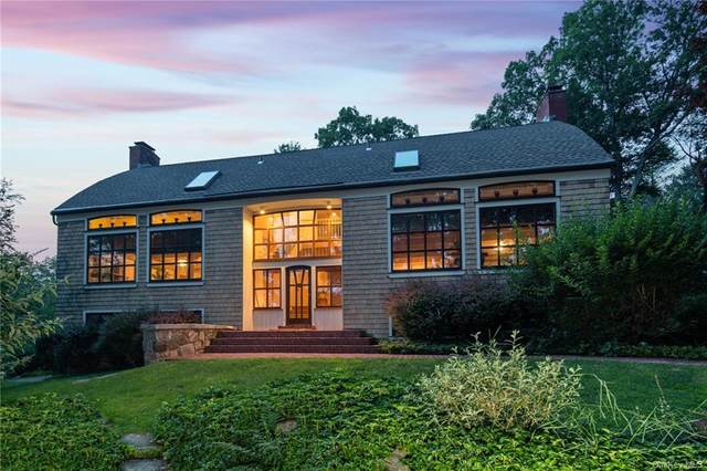 31 Bayberry Road, Armonk, NY 10504 (MLS #H6126707) :: Mark Boyland Real Estate Team
