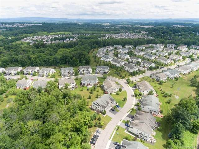 12 Cornwall Lane, Middletown, NY 10940 (MLS #H6129516) :: Howard Hanna Rand Realty