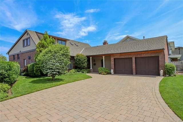 11 Sea Wall Lane, Bayville, NY 11709 (MLS #H6131102) :: Kendall Group Real Estate | Keller Williams