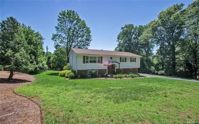 13 Augur Road, Airmont, NY 10901 (MLS #H6134059) :: Carollo Real Estate