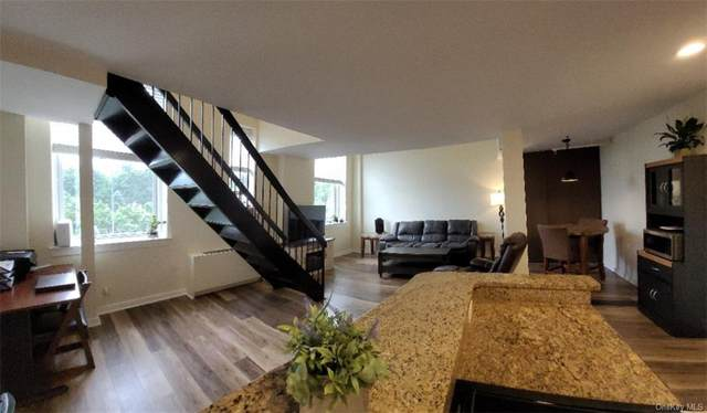 6107 Villa At The Woods #6107, Peekskill, NY 10566 (MLS #H6134078) :: Frank Schiavone with Douglas Elliman