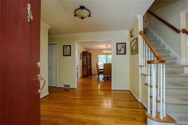 36 Blacksmith Ridge Road, Ridgefield, CT 06877 (MLS #H6135279) :: Signature Premier Properties