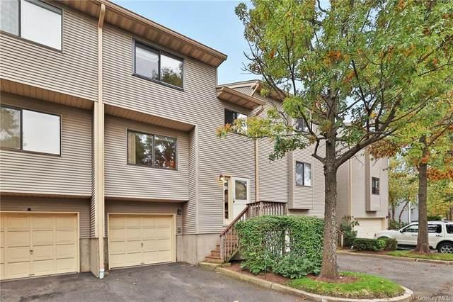 35 Vista Drive, Nanuet, NY 10954 (MLS #H6136762) :: Barbara Carter Team