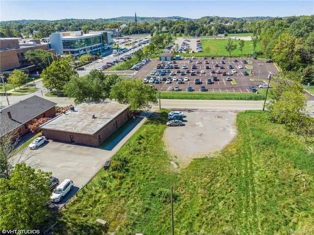 28 Scotchtown Avenue, Goshen, NY 10924 (MLS #H6141638) :: Cronin & Company Real Estate