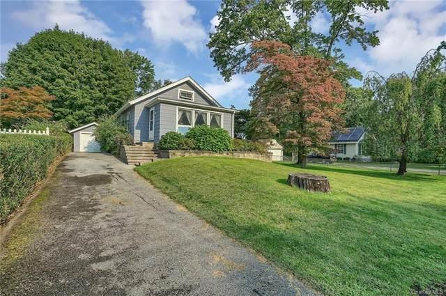 17 Round Lake Avenue, Monroe, NY 10950 (MLS #H6142519) :: Cronin & Company Real Estate