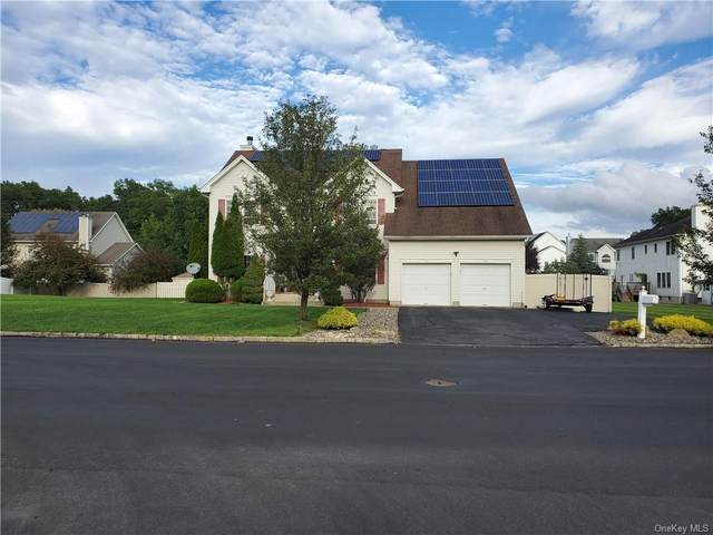 2020 Independence Drive, New Windsor, NY 12553 (MLS #H6144859) :: Team Pagano
