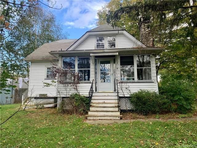 44 Bates Gates Road, New Hampton, NY 10958 (MLS #H6145395) :: Cronin & Company Real Estate
