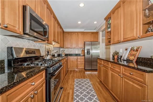42 Woodcrest Lane, Danbury, CT 06810 (MLS #H6146180) :: Kendall Group Real Estate   Keller Williams