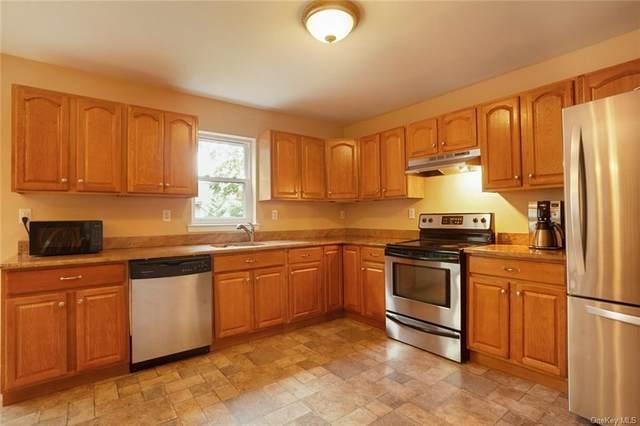 8 Deerfield Court, Rock Hill, NY 12775 (MLS #H6146471) :: Mark Boyland Real Estate Team