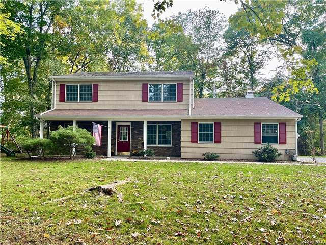 8 Huffman Road, Valley Cottage, NY 10989 (MLS #H6148519) :: Barbara Carter Team