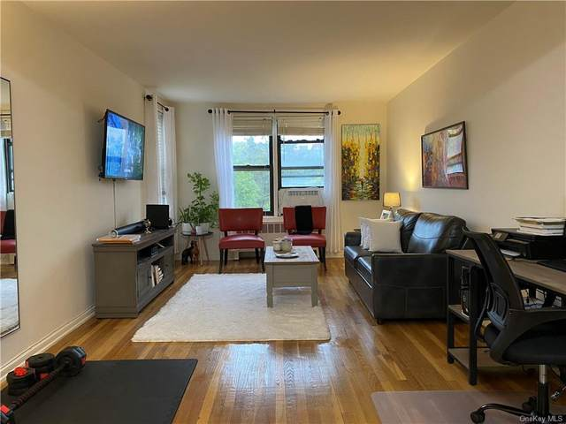 2 Windsor Terrace 6C, White Plains, NY 10601 (MLS #H6148972) :: Cronin & Company Real Estate