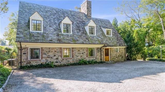 155 Stratton Road, New Rochelle, NY 10804 (MLS #H6149707) :: Cronin & Company Real Estate