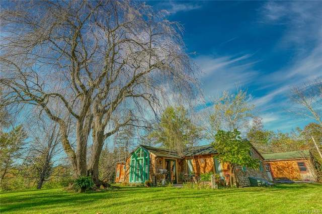 25 Glen Circle, Gardiner, NY 12525 (MLS #H6150668) :: Cronin & Company Real Estate