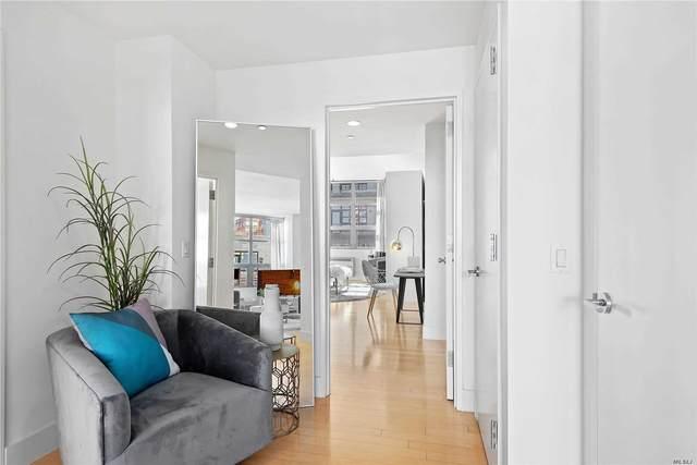 5-26 47th Road 4B, Long Island City, NY 11101 (MLS #3203569) :: Mark Boyland Real Estate Team