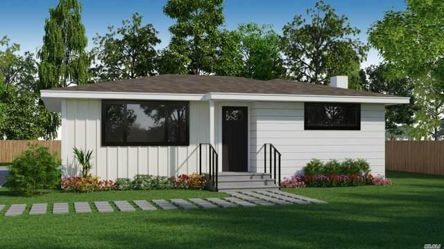 47 School Street, Hampton Bays, NY 11946 (MLS #3216475) :: Cronin & Company Real Estate