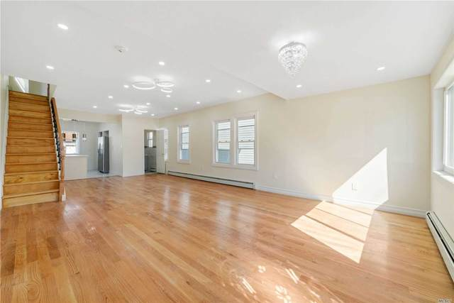 119-15 115 Avenue, S. Ozone Park, NY 11420 (MLS #3219959) :: William Raveis Legends Realty Group