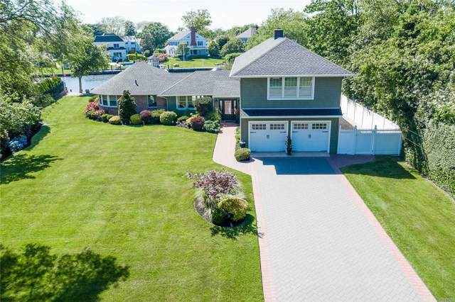 26 W Davison Lane W, West Islip, NY 11795 (MLS #3222212) :: Frank Schiavone with William Raveis Real Estate
