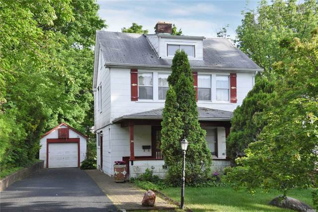 34 Franklin Place, Great Neck, NY 11023 (MLS #3223481) :: Kendall Group Real Estate | Keller Williams