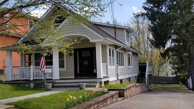 79 Simcoe Street, Oyster Bay, NY 11771 (MLS #3227011) :: Keller Williams Points North - Team Galligan