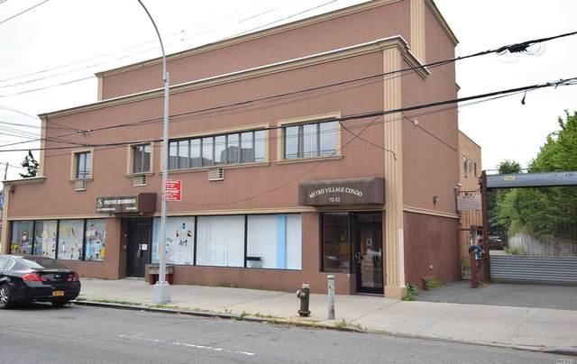 72-52 Metropolitan Avenue 3B, Middle Village, NY 11379 (MLS #3227361) :: Mark Seiden Real Estate Team