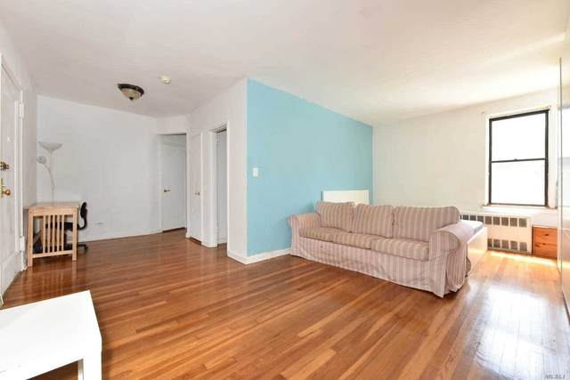 140-10 84 Drive 2H, Briarwood, NY 11435 (MLS #3231723) :: Frank Schiavone with William Raveis Real Estate